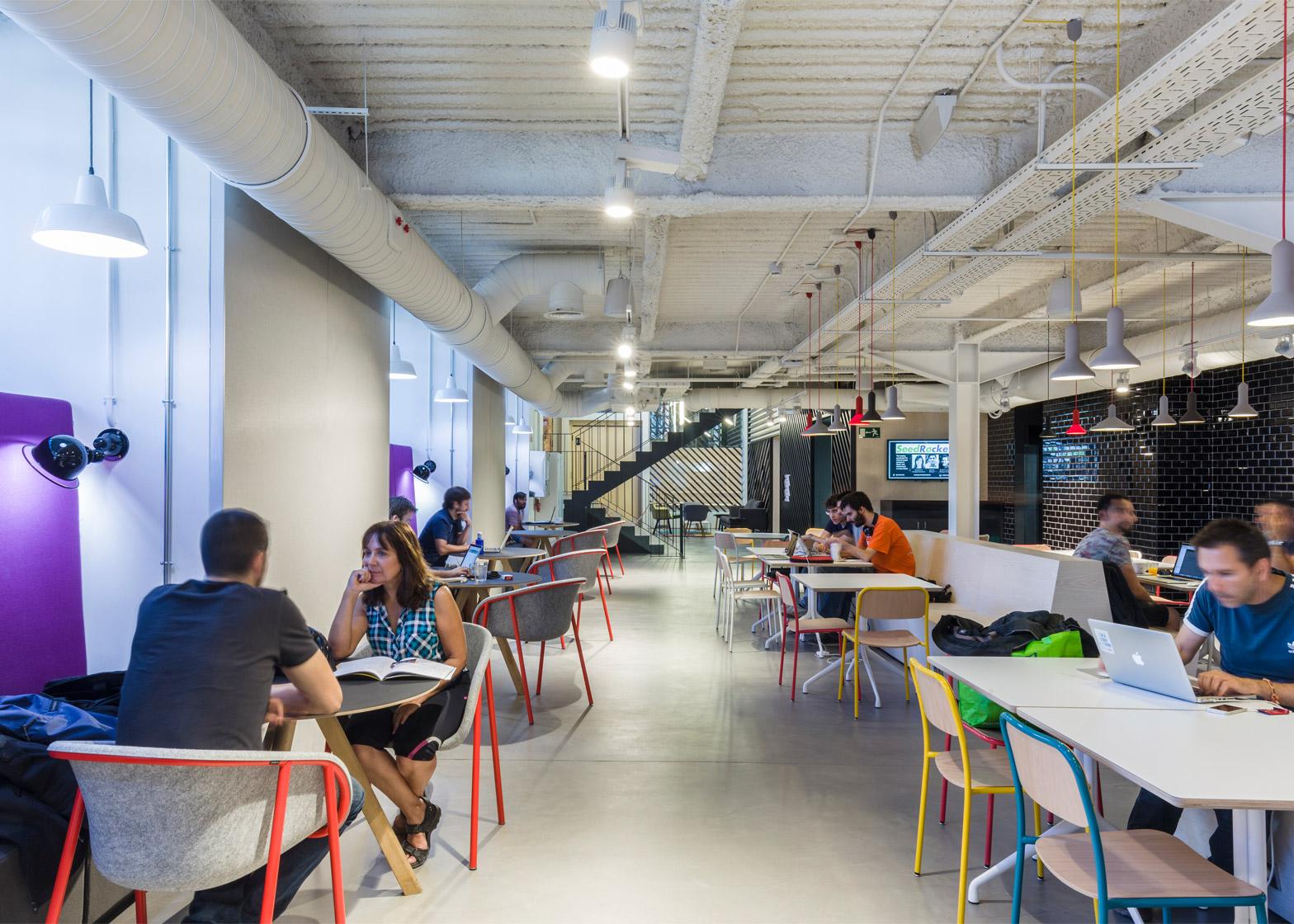 Google-Campus-Madrid_Jump-Studios_dezeen_1568_3