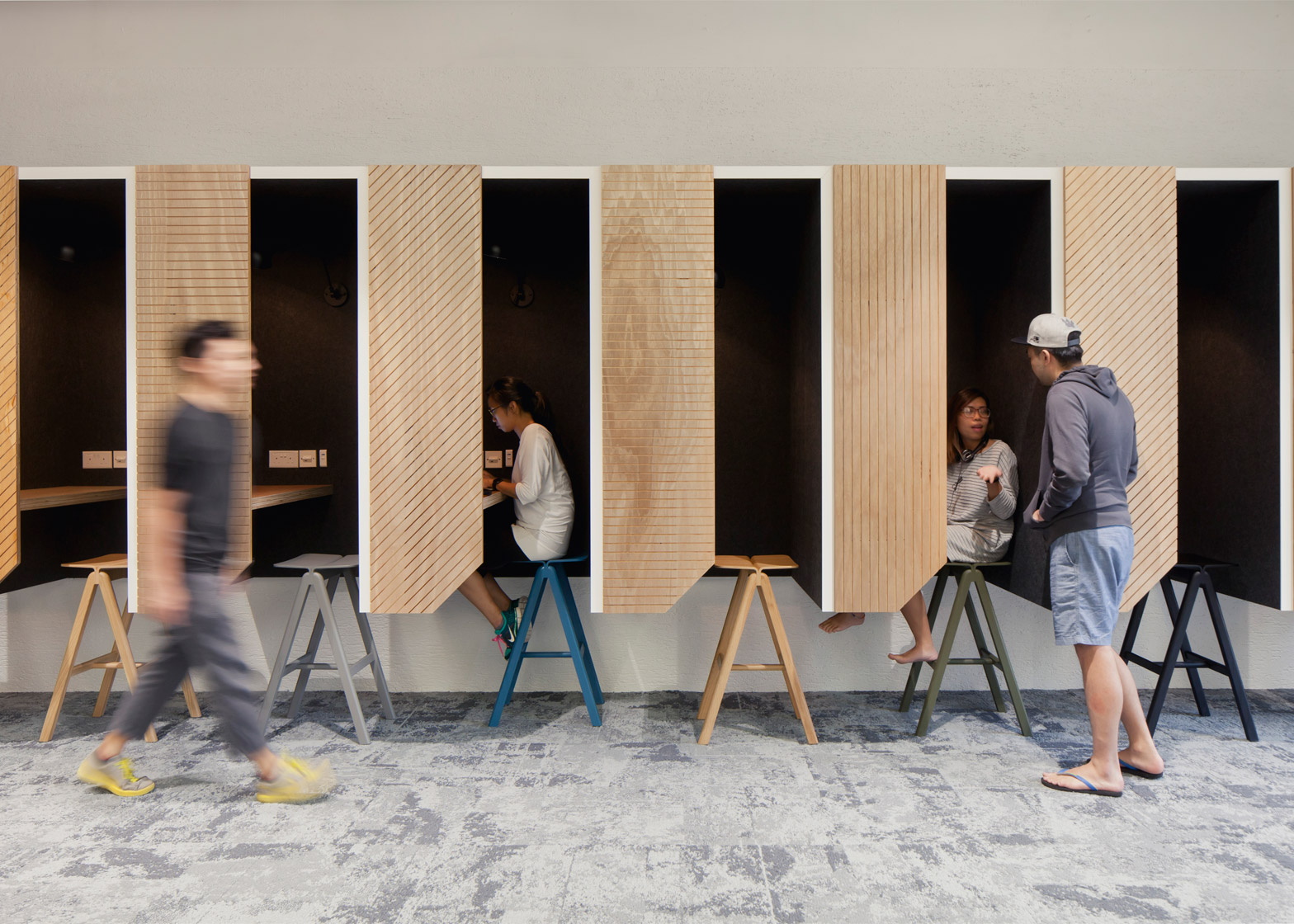 airbnb-offices-singapore-farm_dezeen_1568_5