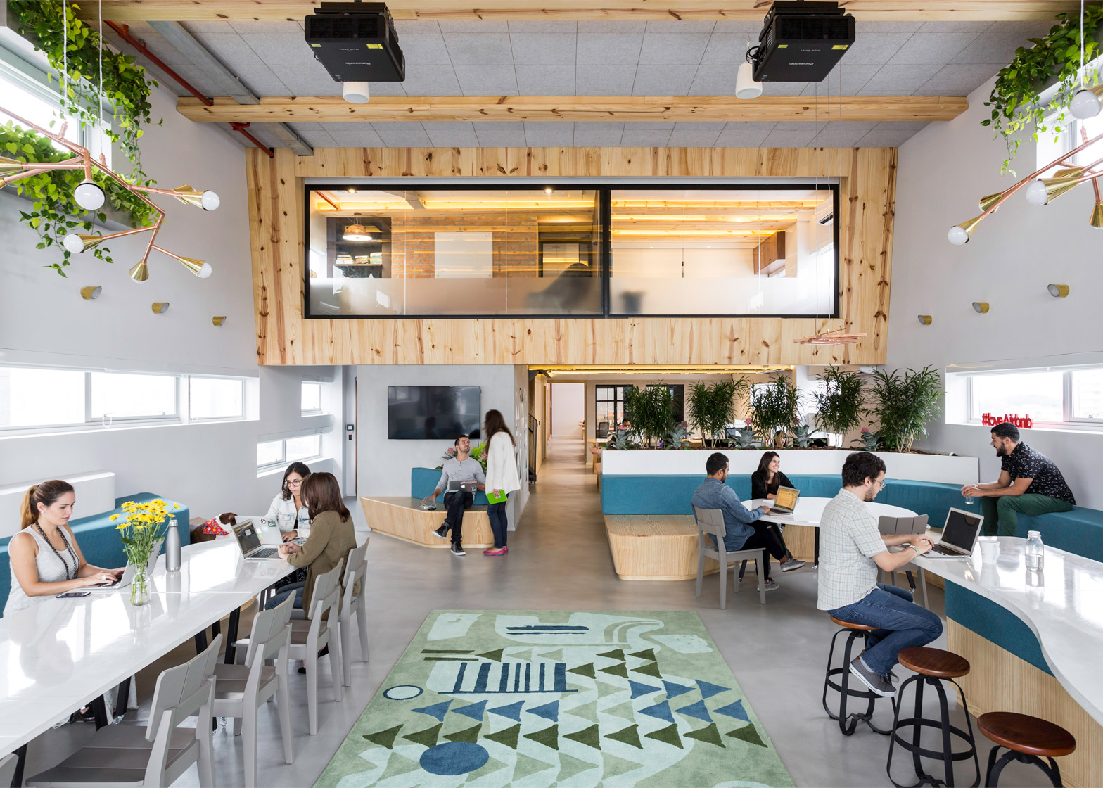 airbnb-offices_sao-paulo_mm18_dezeen_1568_7