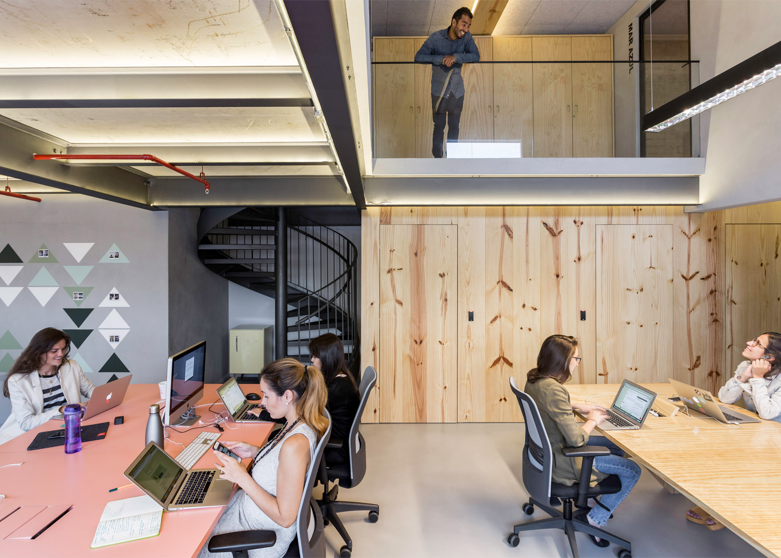 airbnb-offices_sao-paulo_mm18_dezeen_1568_8