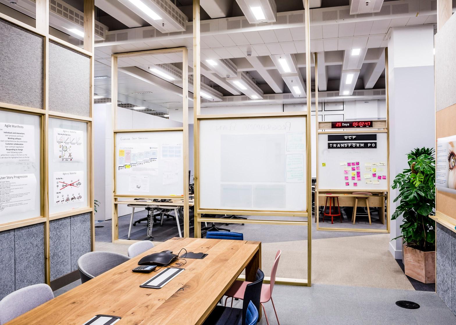 barclaycard-agile-workplace-APA-london-interior-design_dezeen_1568_0