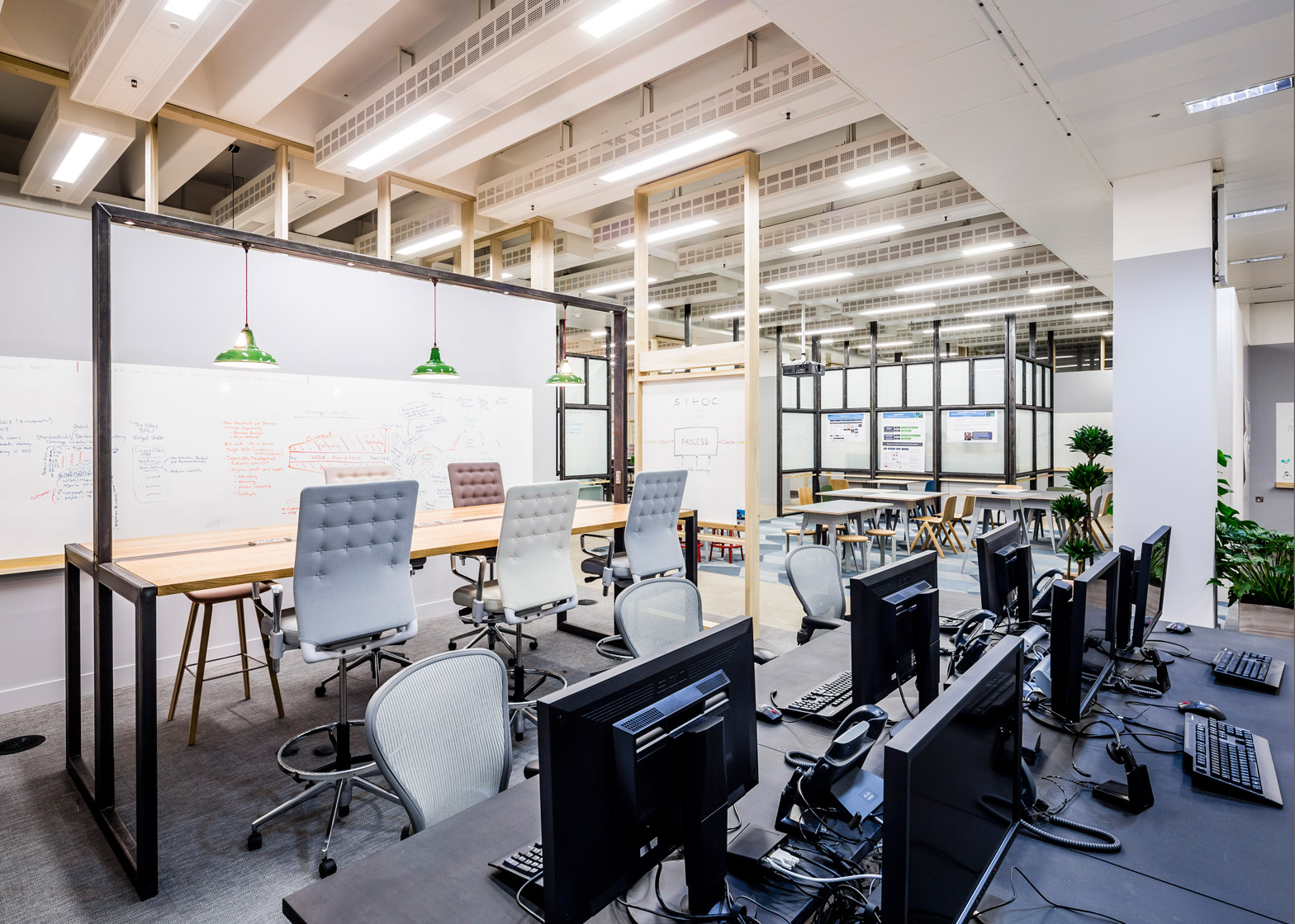 barclaycard-agile-workplace-APA-london-interior-design_dezeen_1568_11