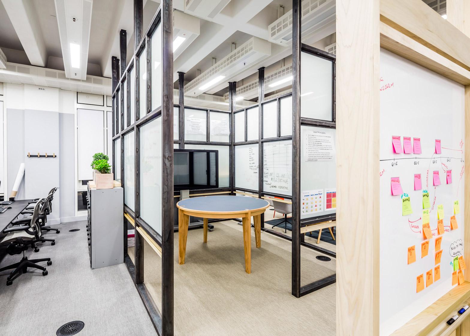 barclaycard-agile-workplace-APA-london-interior-design_dezeen_1568_9