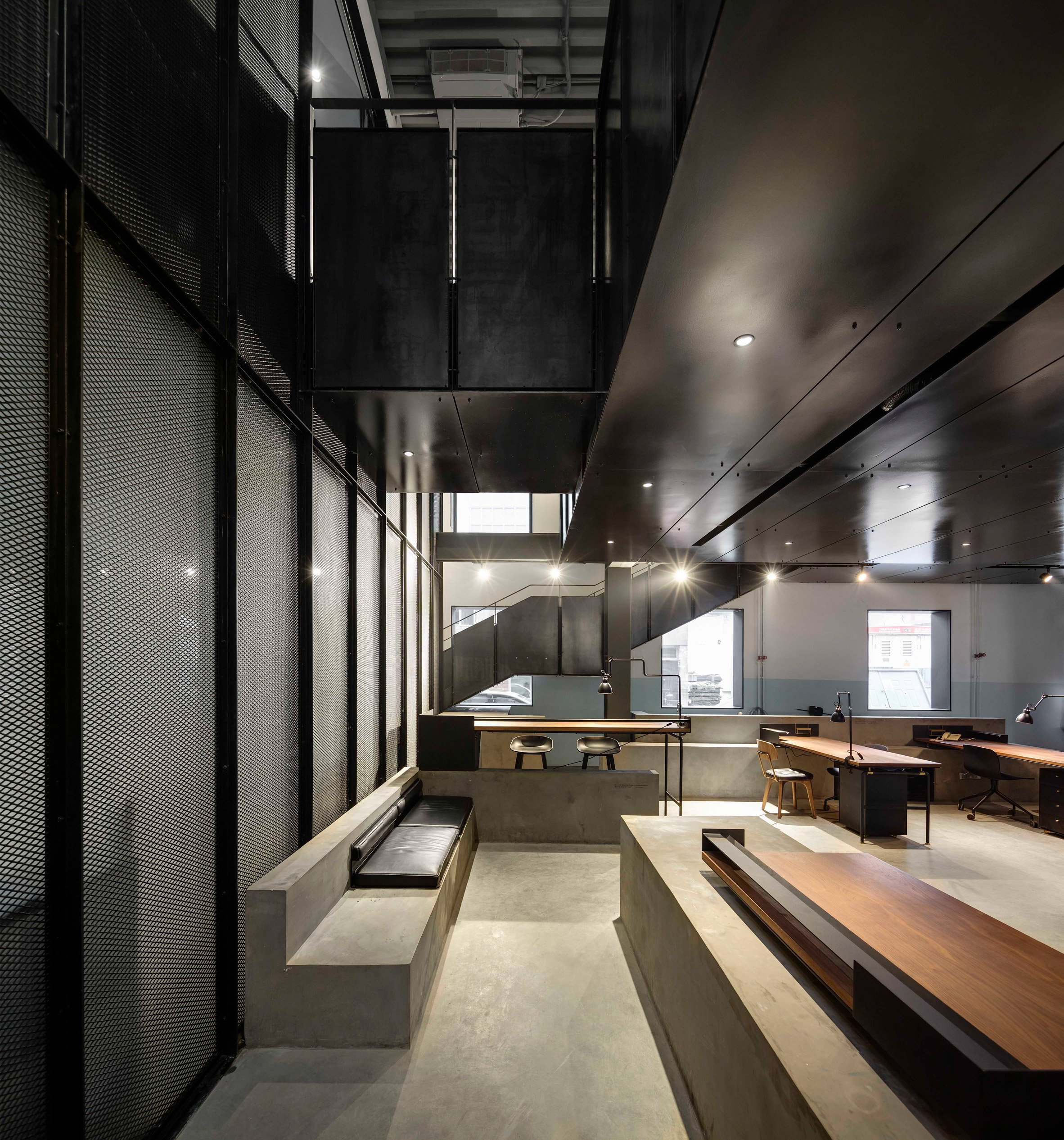 the-garage-neri-hu-beijing-cafe-industrial-car-workshop-cafe_dezeen_2364_col_3