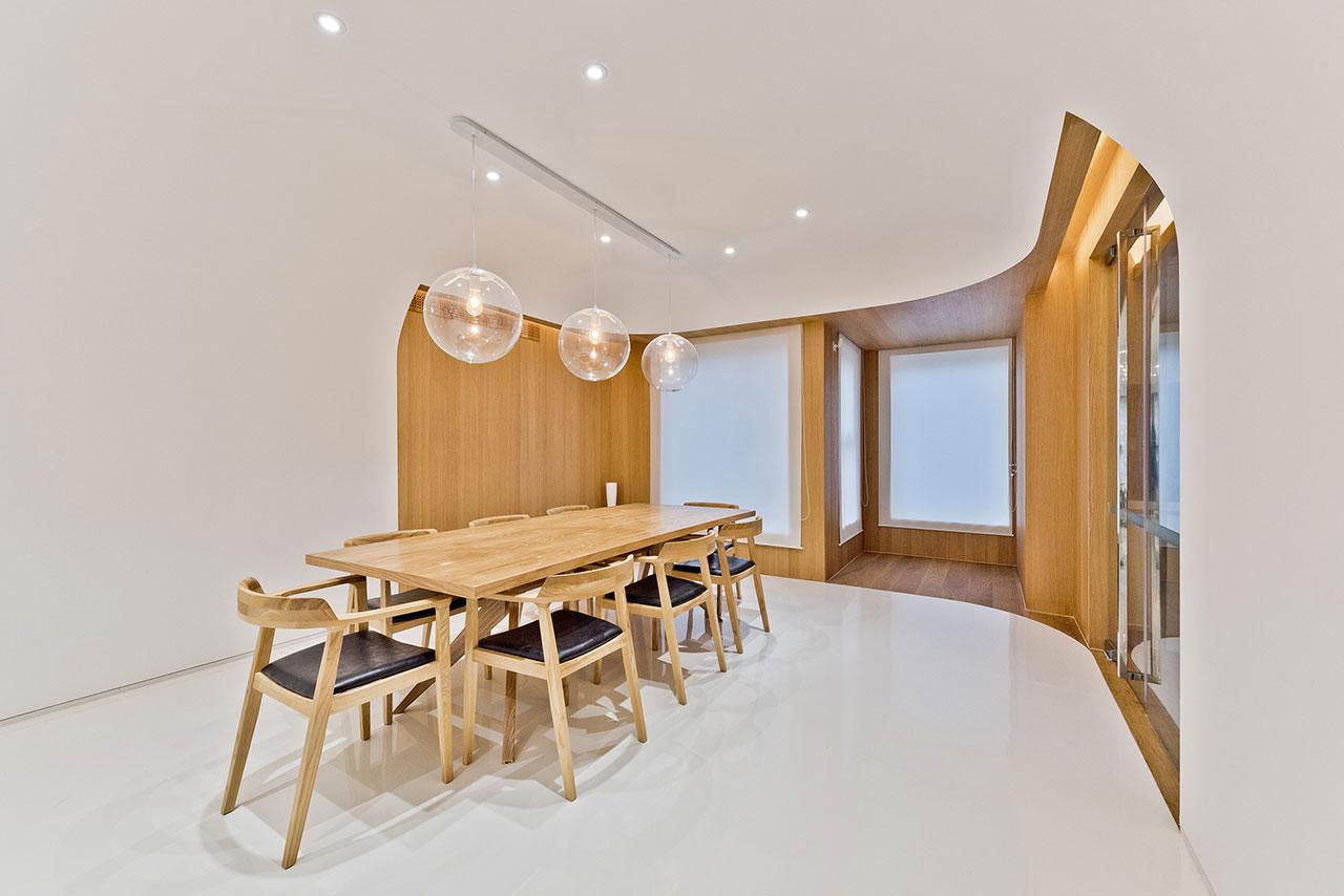 f13_haitang_villa_beijing_china_dining_room_archstudio_photo_magic_penny_yatzer