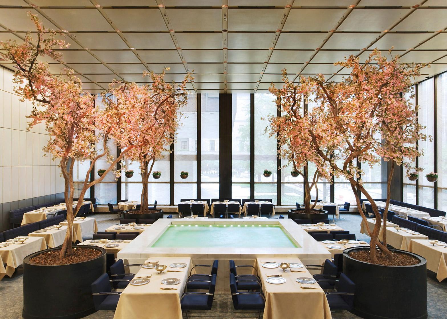 four-seasons-restaurant-interior-seagram-building-philip-johnson-mies-van-der-rohe-auction-new-york-city-usa-news-jennifer-calais-smith_dezeen_1568_7