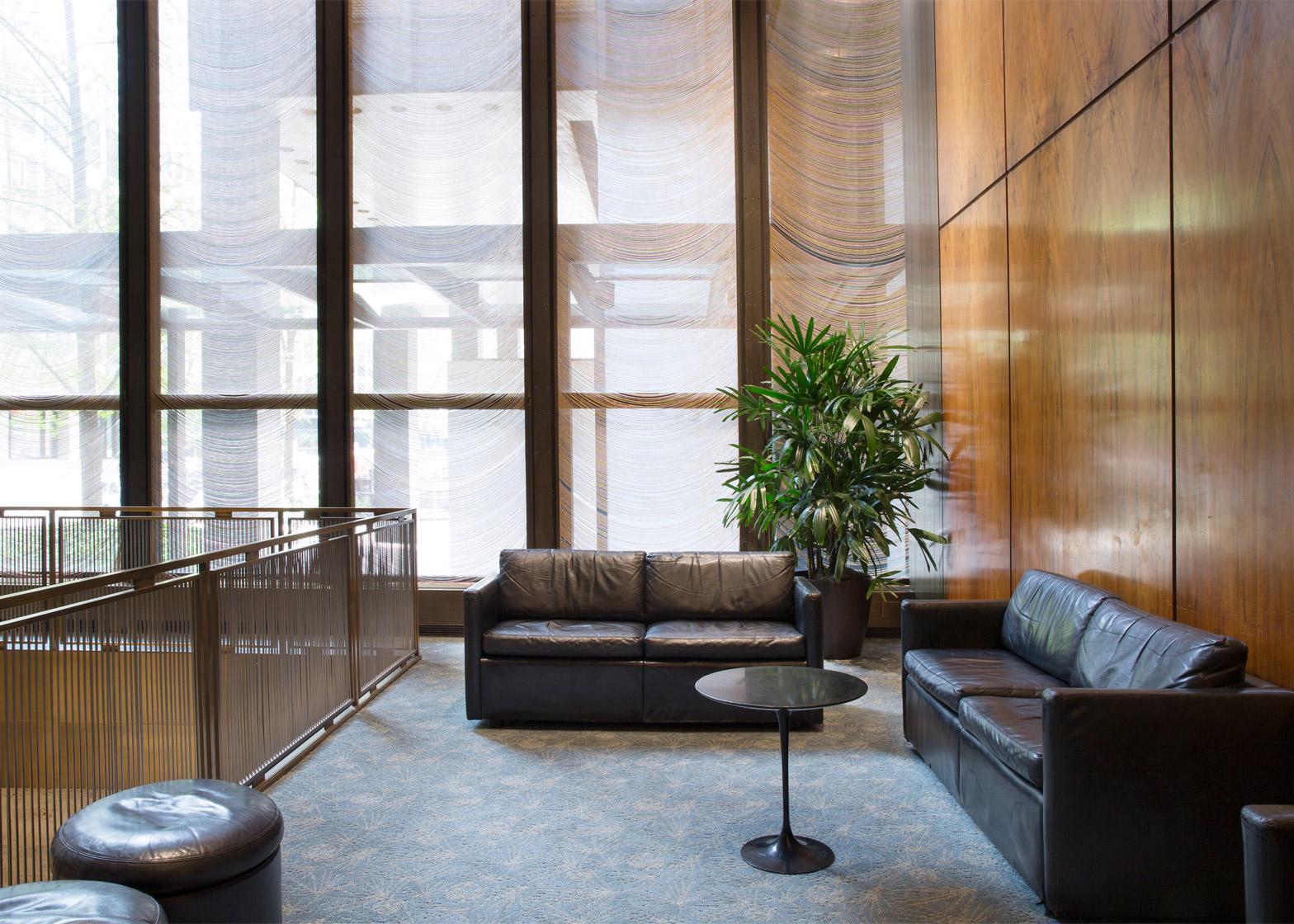 four-seasons-restaurant-interior-seagram-building-philip-johnson-mies-van-der-rohe-auction-new-york-city-usa-news_dezeen_1568_8