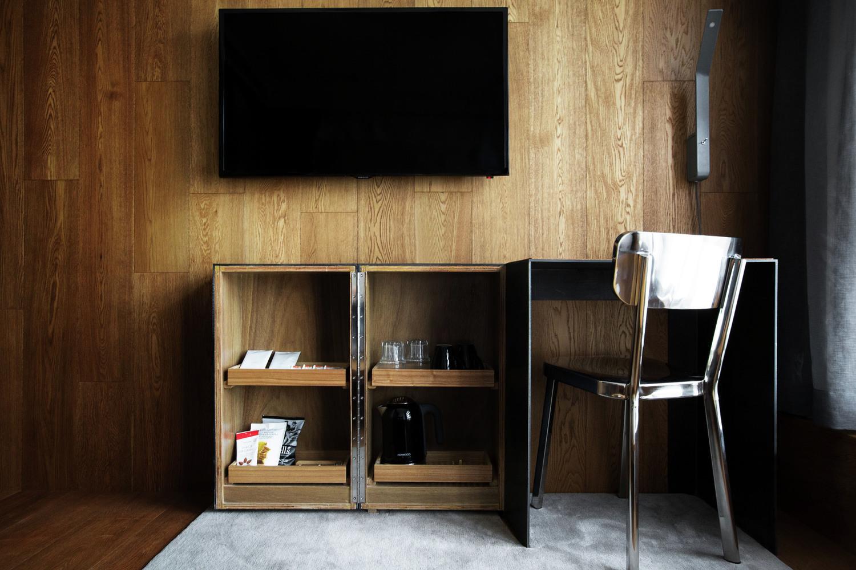 21_designsystems-tuve_room-comfort-cabinet_DM