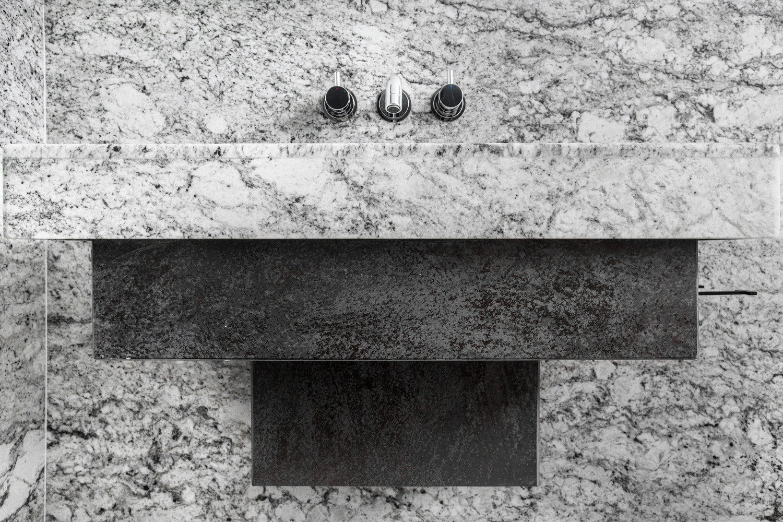 23_designsystems-tuve_bathroom-02_DM