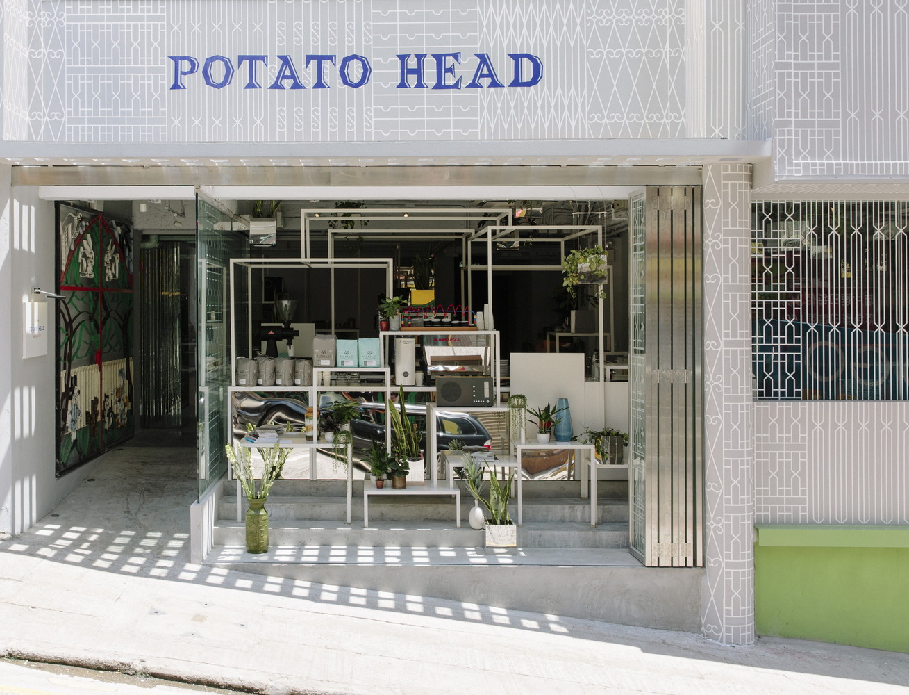 Potato_Head_Hong_Kong_Store_Front_and_ILYS_Coffee_1