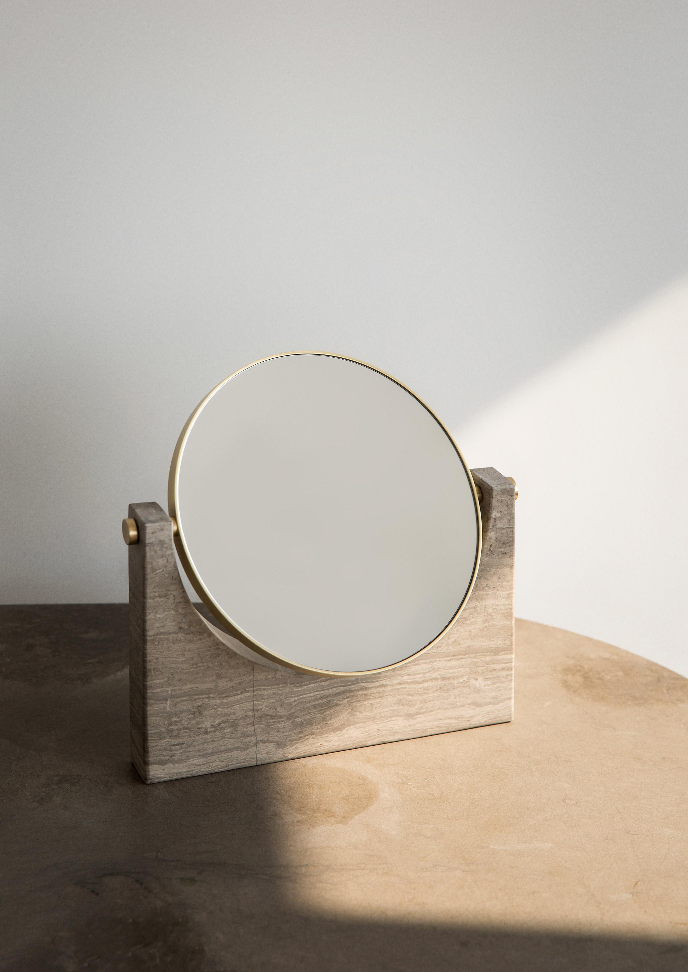 maison-objet-menu-design-furniture-lighting-tables_dezeen_2364_col_10