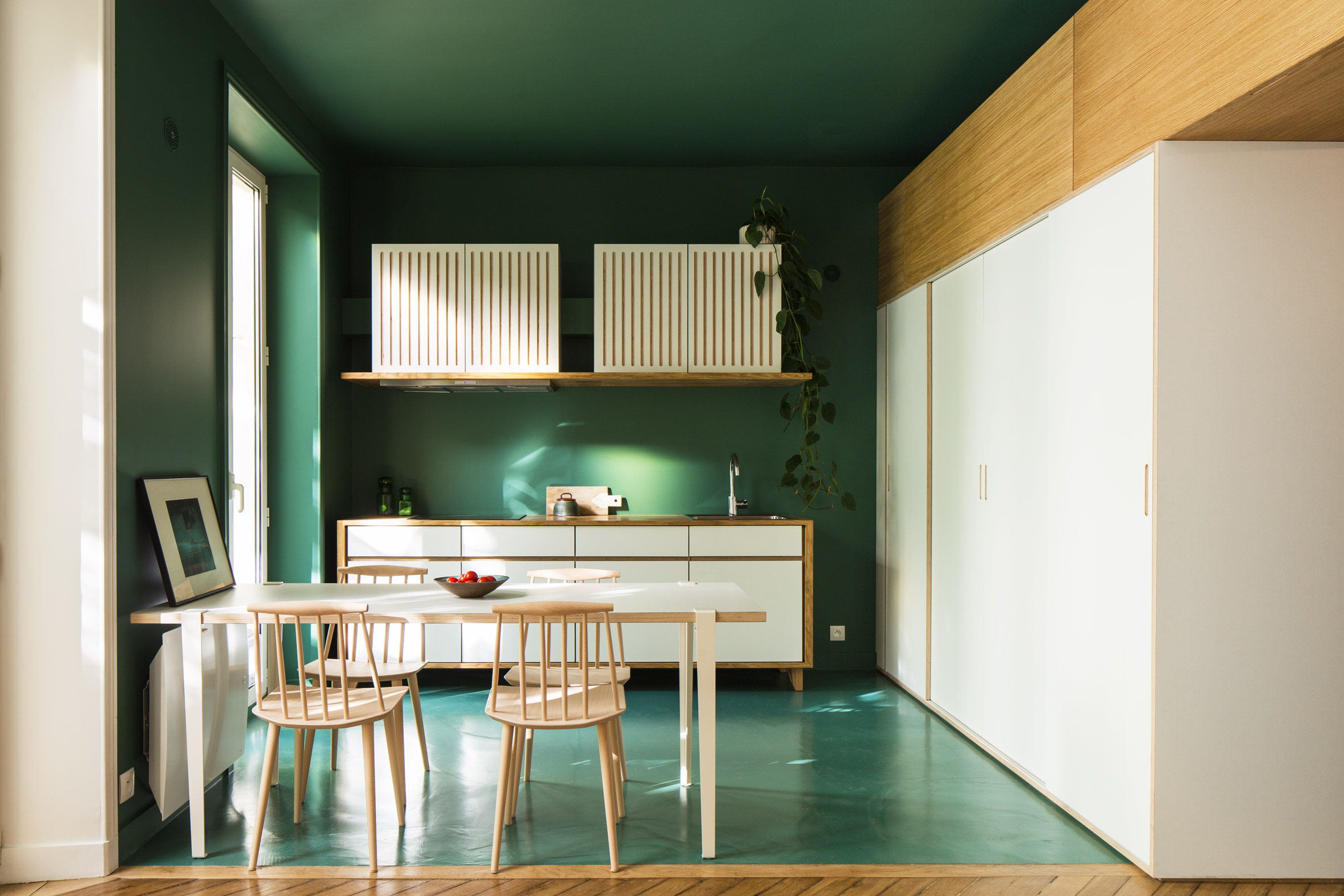 paris-apartment-les-ateliers-tristan-and-sagitta-interiors_dezeen_2364_col_7