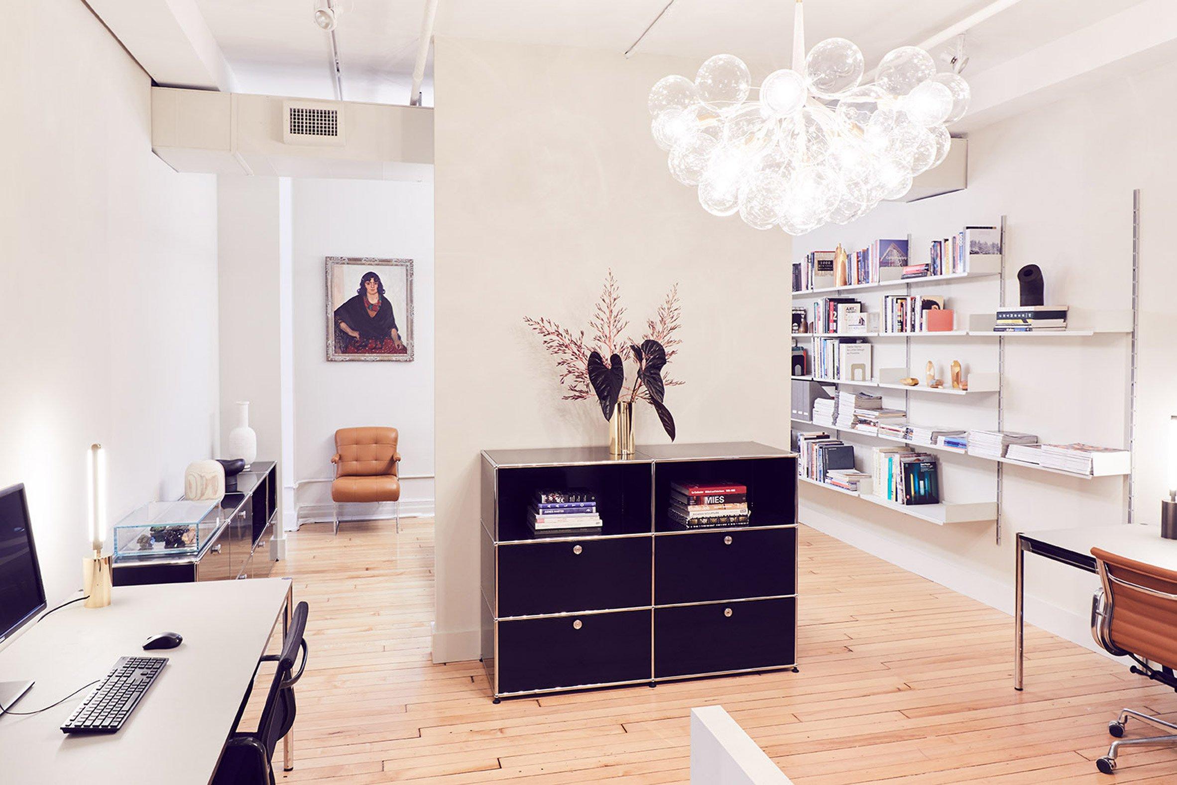 pelle-show-room-new-york-interiors_dezeen_2364_col_3