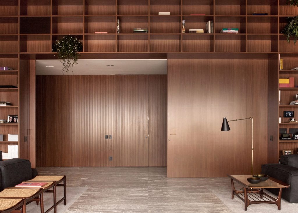 sao-paulo-penthouse-studio-mk27_dezeen_2364_ss_6-1024x732