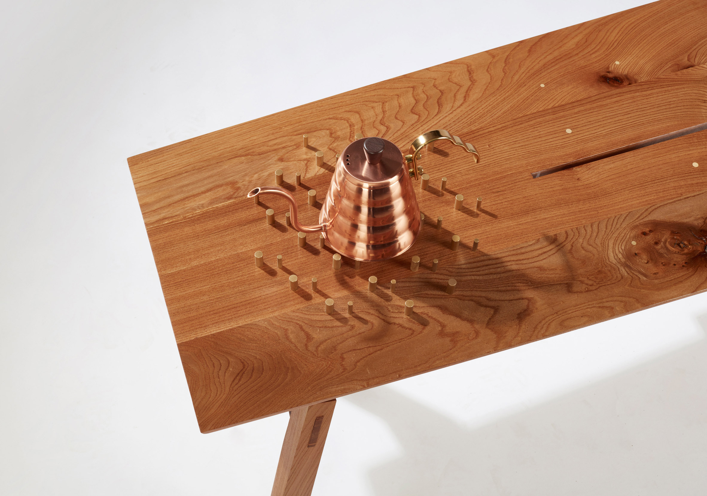the-coffee-ceremony-hugh-miller-furniture-design-chair-table_dezeen_2364_col_13