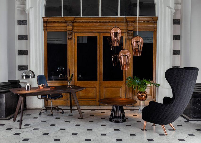 tom-dixon-office-furniture-tables-chairs-lights-accessories-british-design-london-uk_dezeen_2364_ss_12-852x608