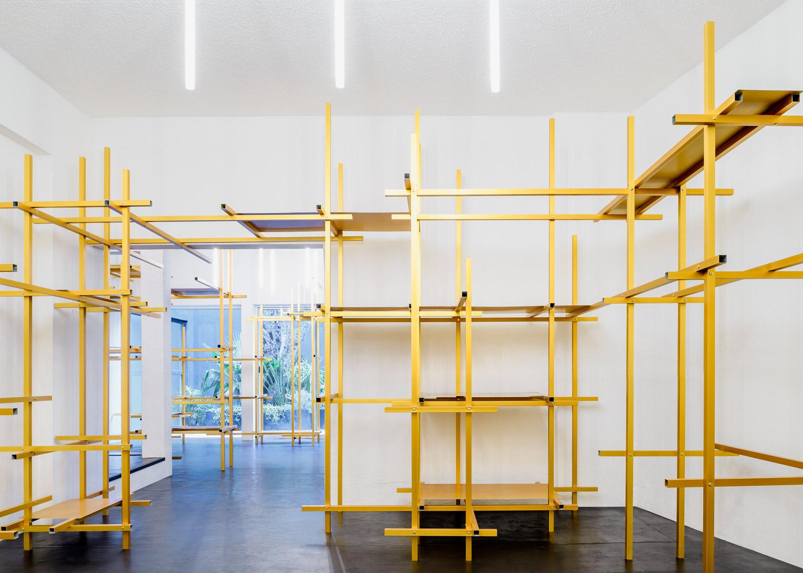 troquer-studio-showroom-zeller-moye-mexico-city-conversion_dezeen_1568_0