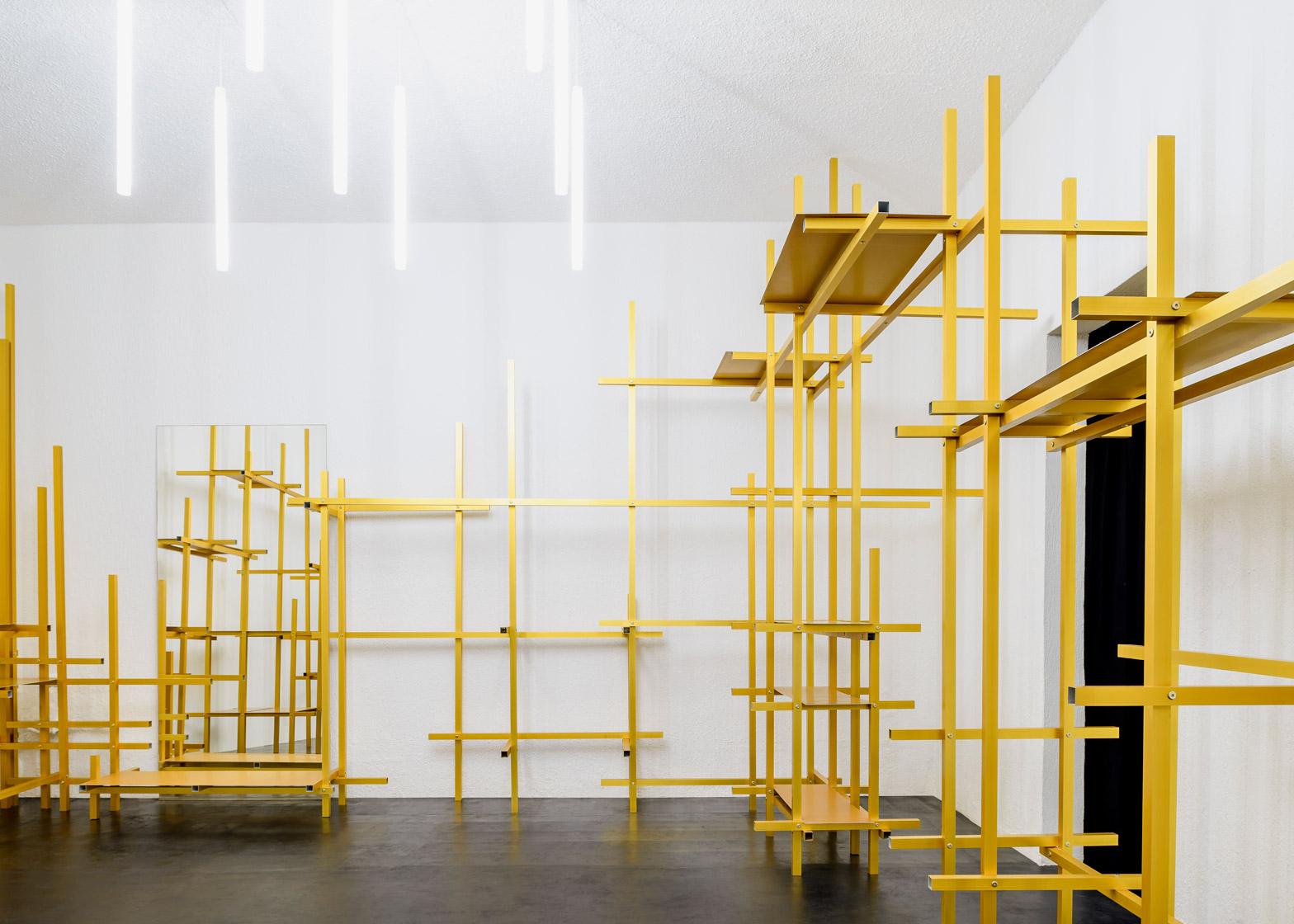troquer-studio-showroom-zeller-moye-mexico-city-conversion_dezeen_1568_1