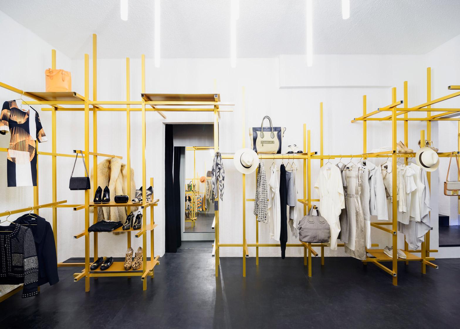 troquer-studio-showroom-zeller-moye-mexico-city-conversion_dezeen_1568_4