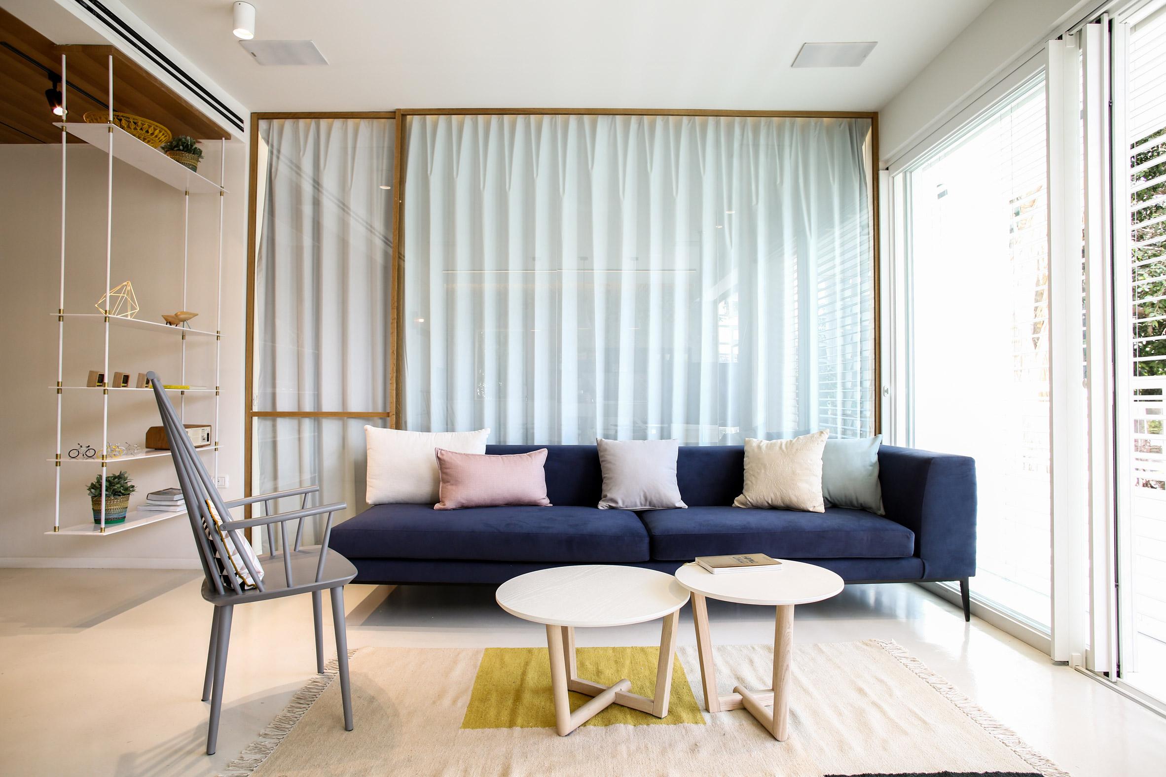 weisel-apartment-tel-aviv-israel-dori-design-studio-renovation_dezeen_2364_col_12