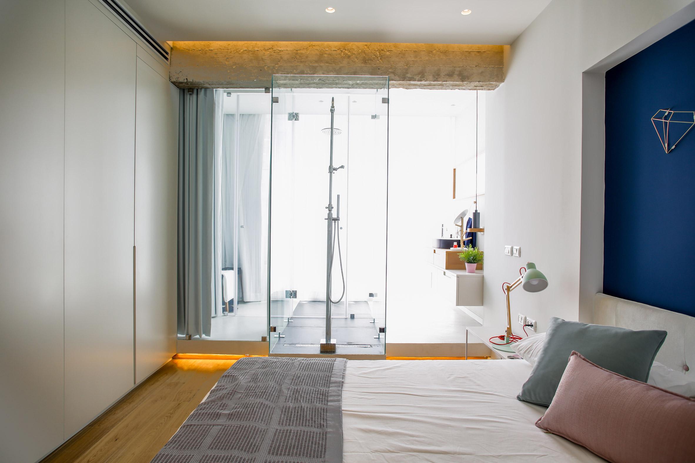 weisel-apartment-tel-aviv-israel-dori-design-studio-renovation_dezeen_2364_col_21