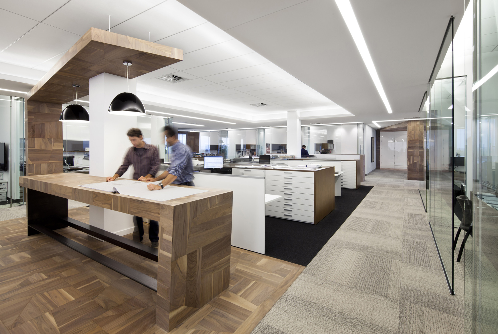 1321_Broccolini_Office_16_archdaily