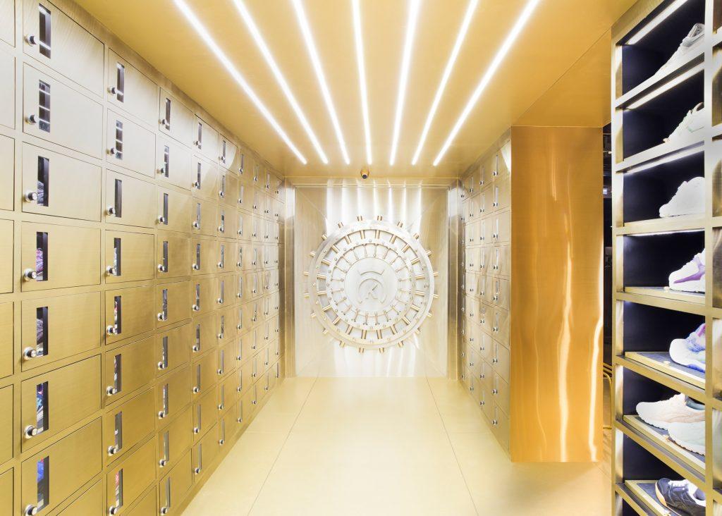 24-kilates-by-external-reference-architects-interior-bangkok_dezeen_2364_ss_3-1024x732