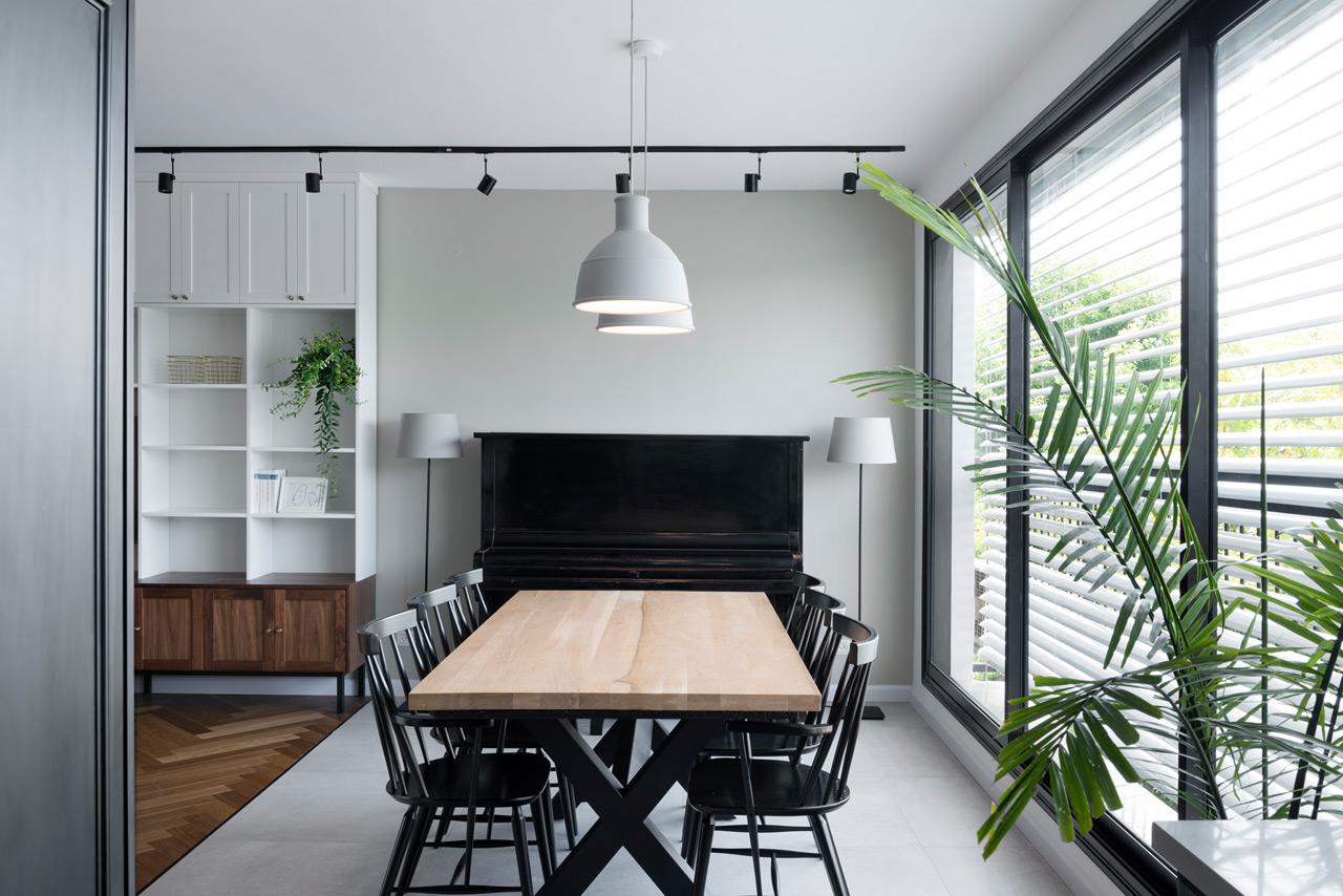 Bauhaus-Apartment-Raanan-Stern-6