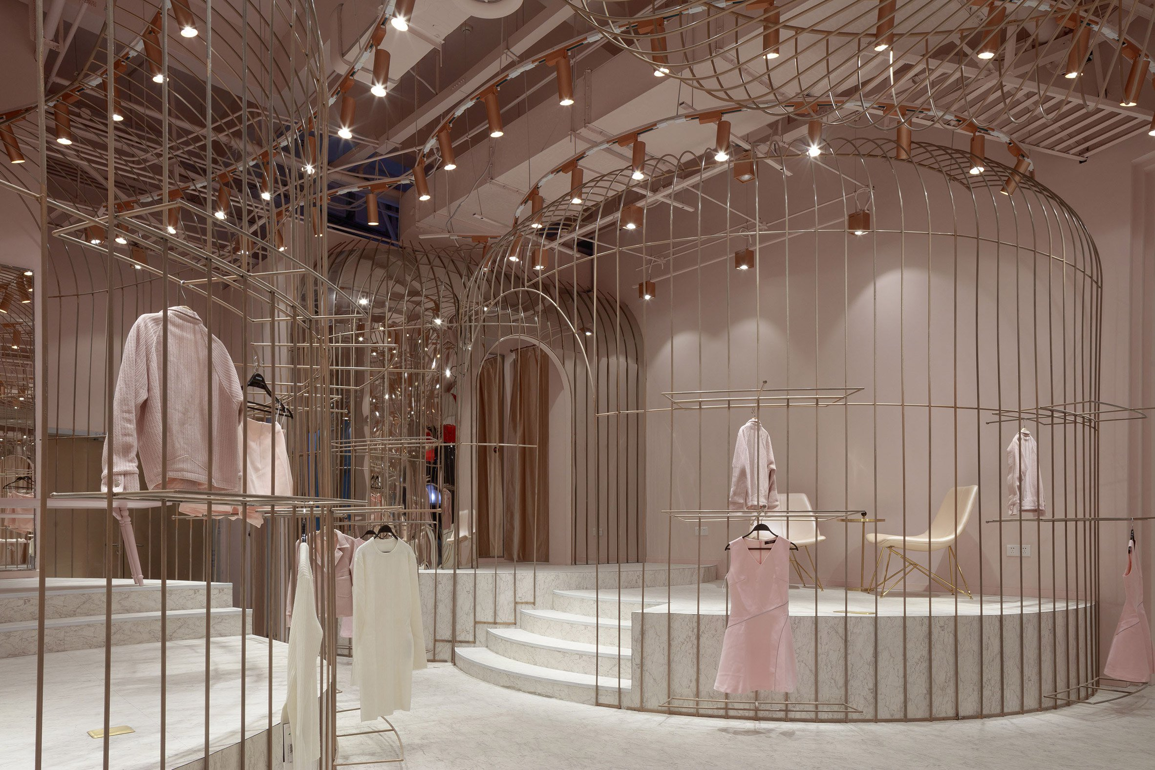 jooos-fitting-room-li-xiang-interiors-retail-china_dezeen_2364_col_18