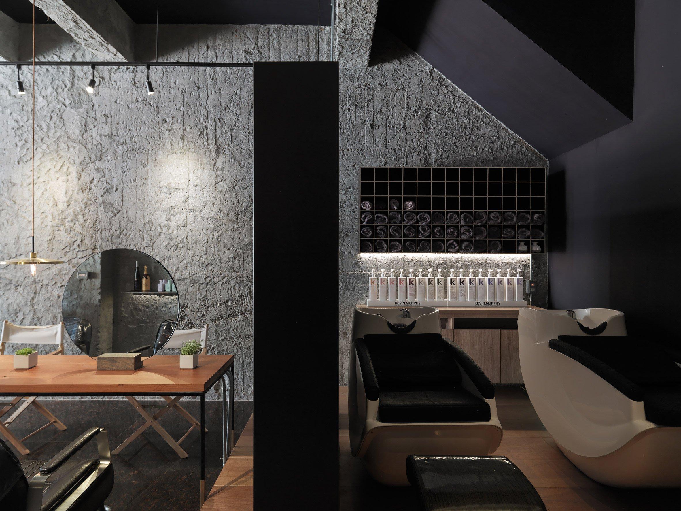 luna-salon-soar-design-interiors-changhua-taiwan_dezeen_2364_col_0