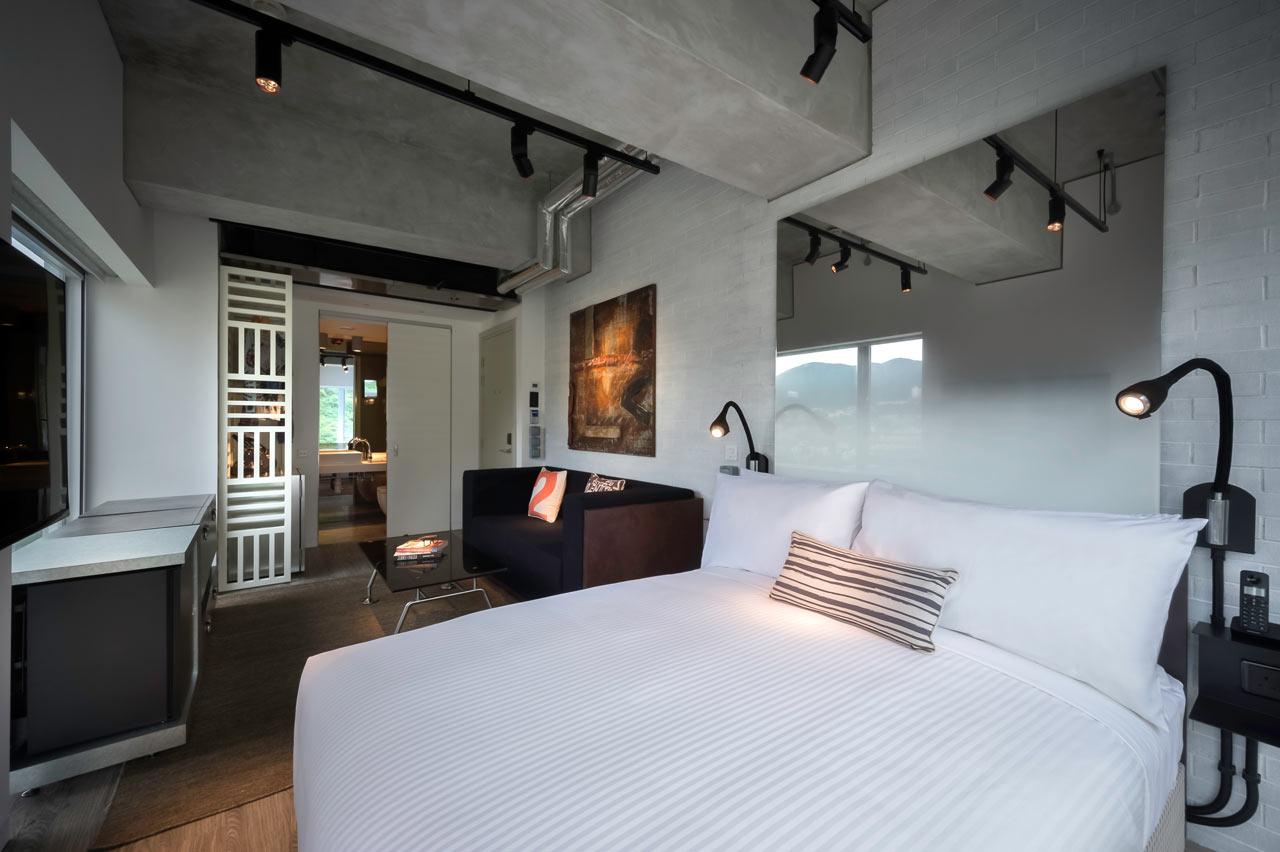 Destin-Ovolo-Southside-Hotel-10-corner-deluxe