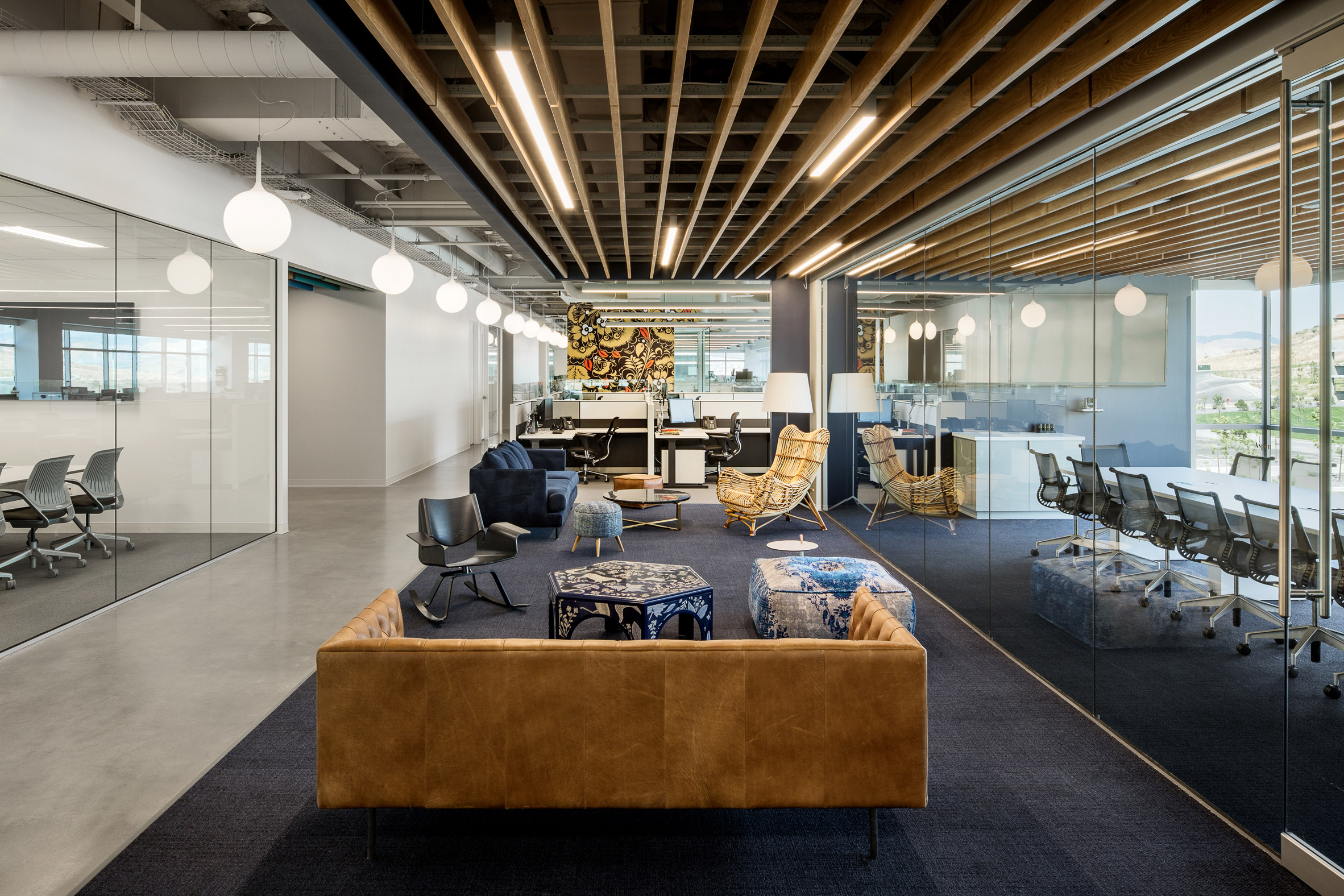 ancestry-office-rapt-studio-usa-interiors_dezeen_2364_col_4