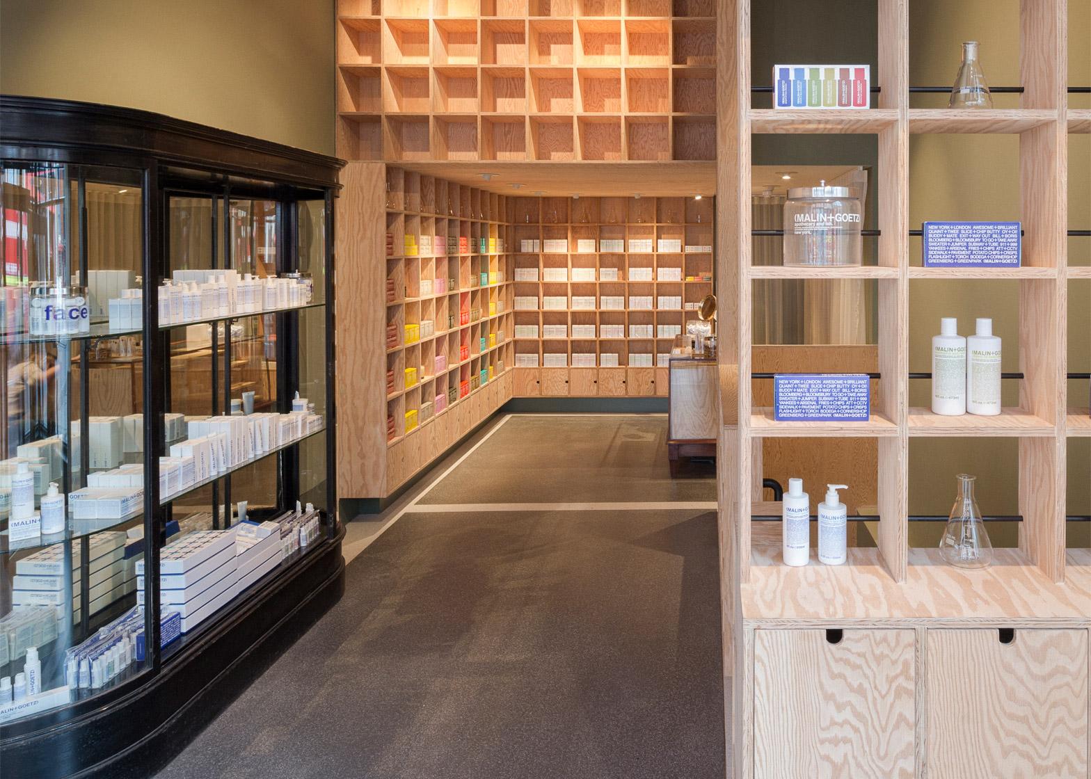 malingoetz-apothecary-shops-jonathan-tuckey-interior-london_dezeen_1568_5