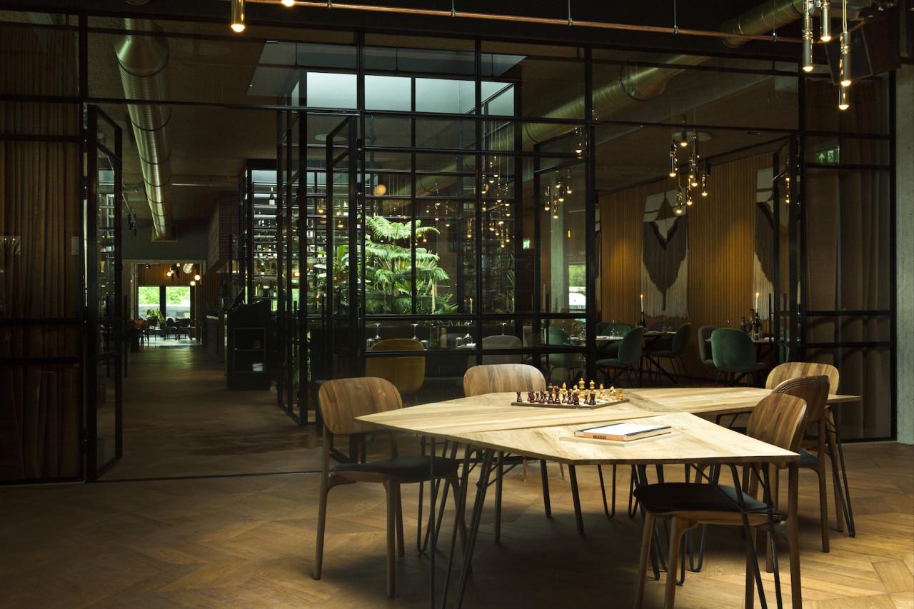 hotel-v-fizeaustraat-meeting-space-1