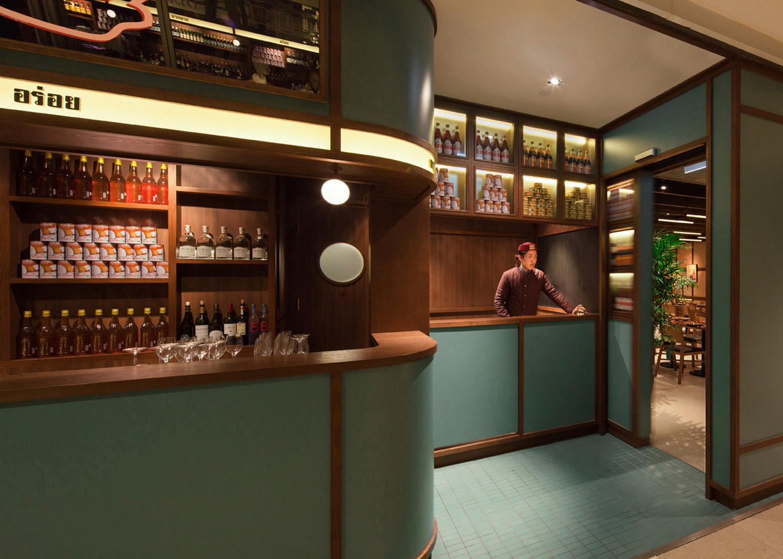 mak-mak-thai-restaurant-nc-design-architecture_dezeen_1568_1