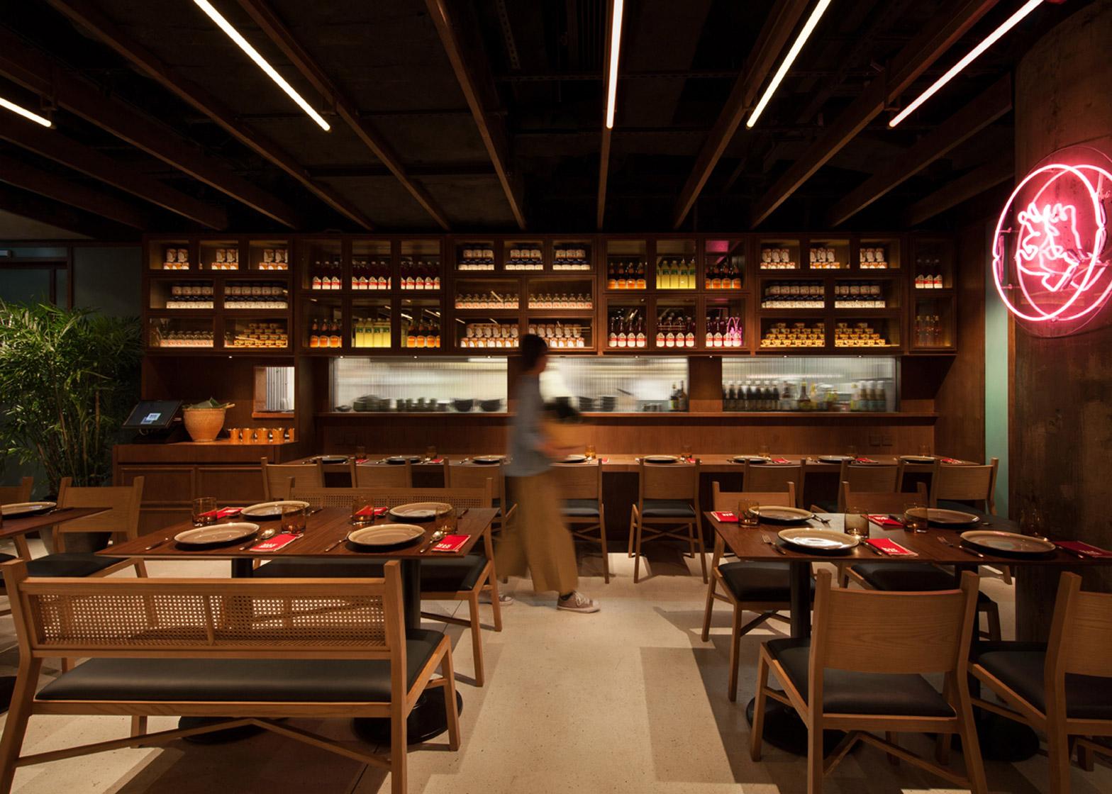 mak-mak-thai-restaurant-nc-design-architecture_dezeen_1568_6